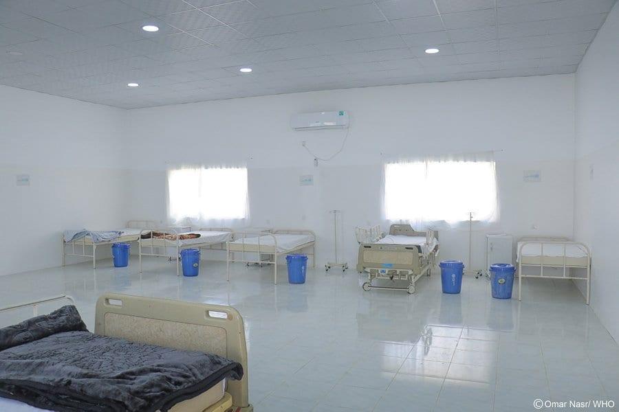جماعة الحوثي تحذر من توقف المنشأت الصحية