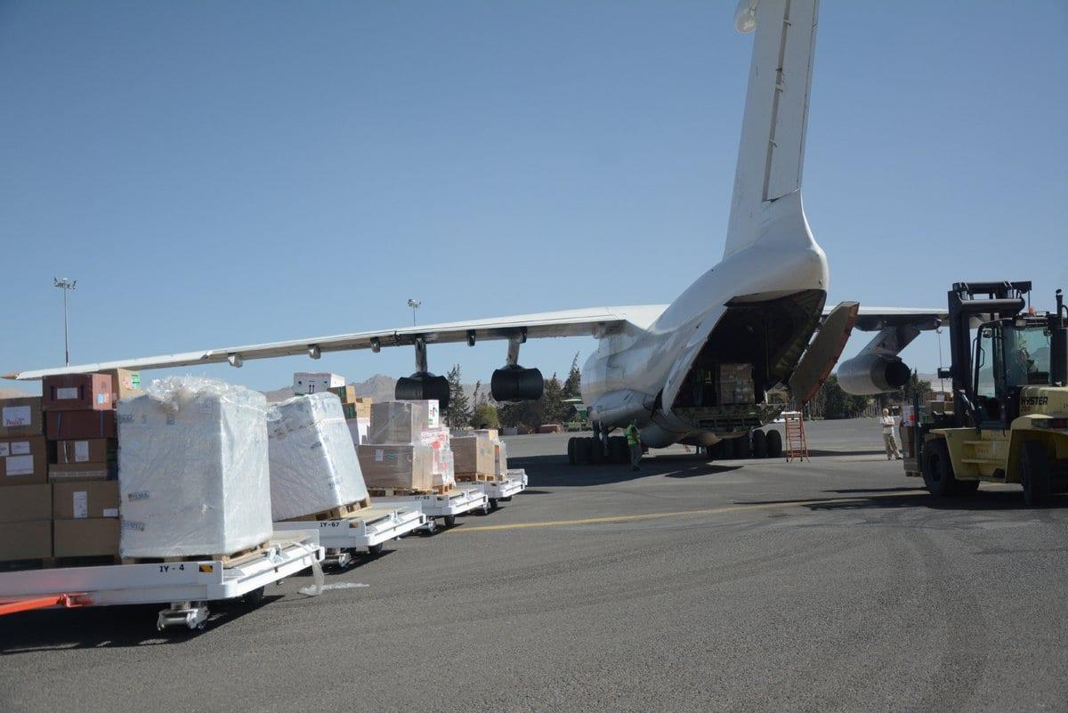 """طائرة تابعة للصحة العالمية تصل إلى """"صنعاء"""""""