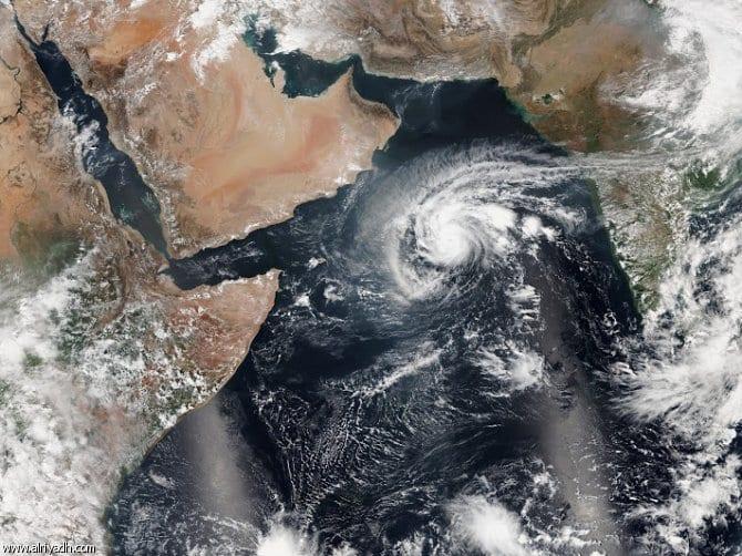تحذير الصيادين من عاصفة مدارية مرتقبة