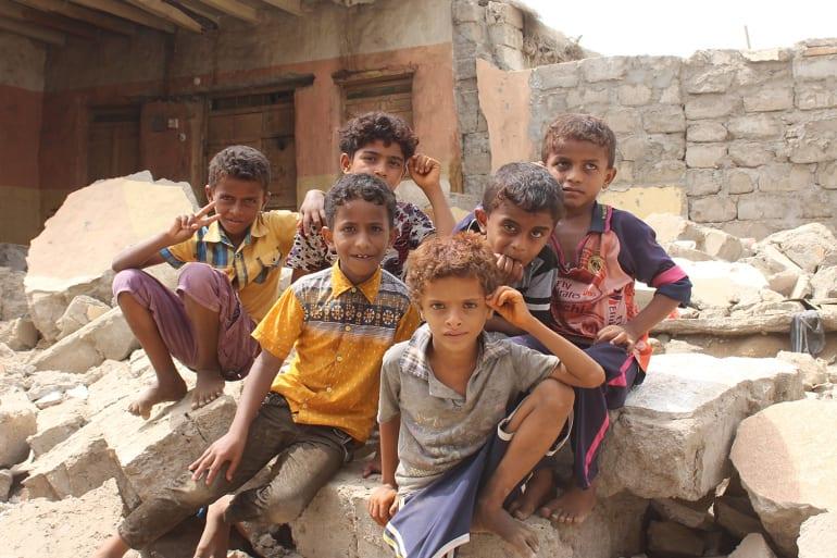 أطفال اليمن في اليوم العالمي.. حقوق مسلوبة