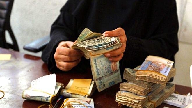 أسعار الصرف تستقر في صنعاء وعدن