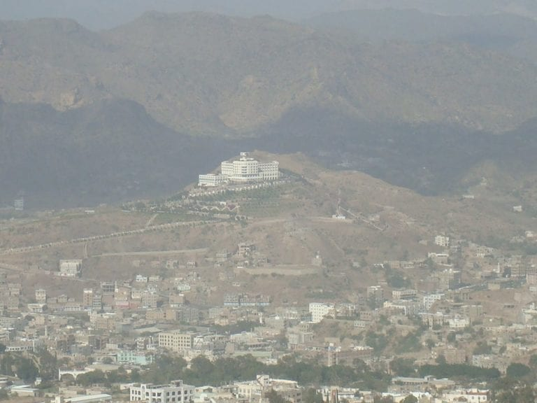 تعز: الحوثيون يقتلون مغتربًا يمنيًا بالحوبان