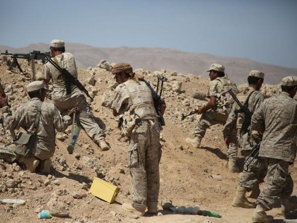 القوات الحكومية تصد هجومًا حوثيًا كبيرًا بالجوف