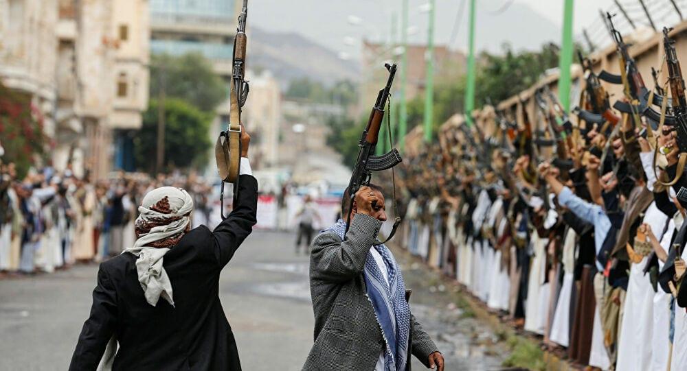 واشنطن: عقوبات على شبكةٍ تموّل الحوثيين