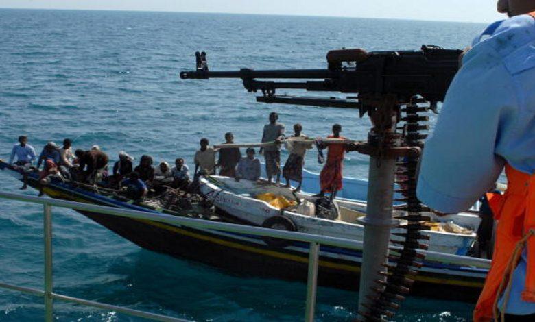 إريتريا تحتجز عشرات الصيادين اليمنيين